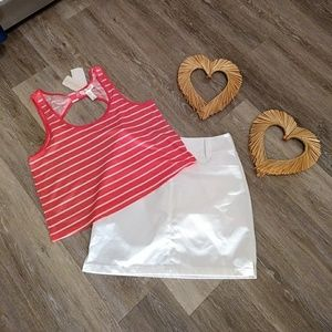 Size small sleeveless coral and white top
